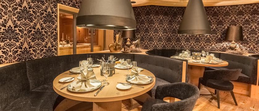 Hotel Edelweiss & Gurgl, Obergurgl, Austria - fondue room.jpg